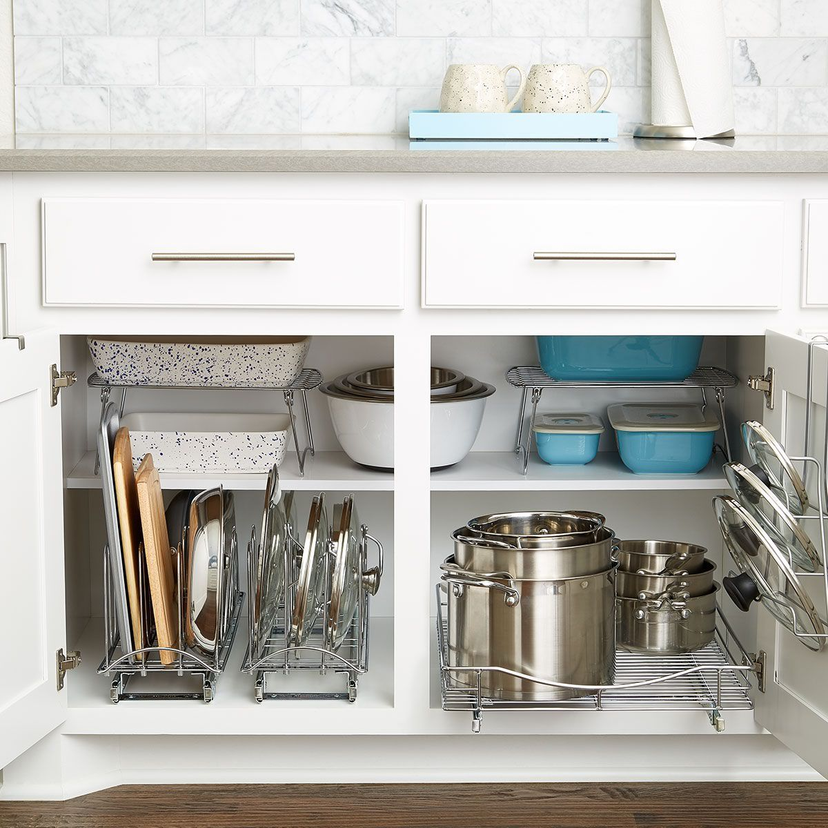Tips for Choosing and Organizing Kitchen Cabinets