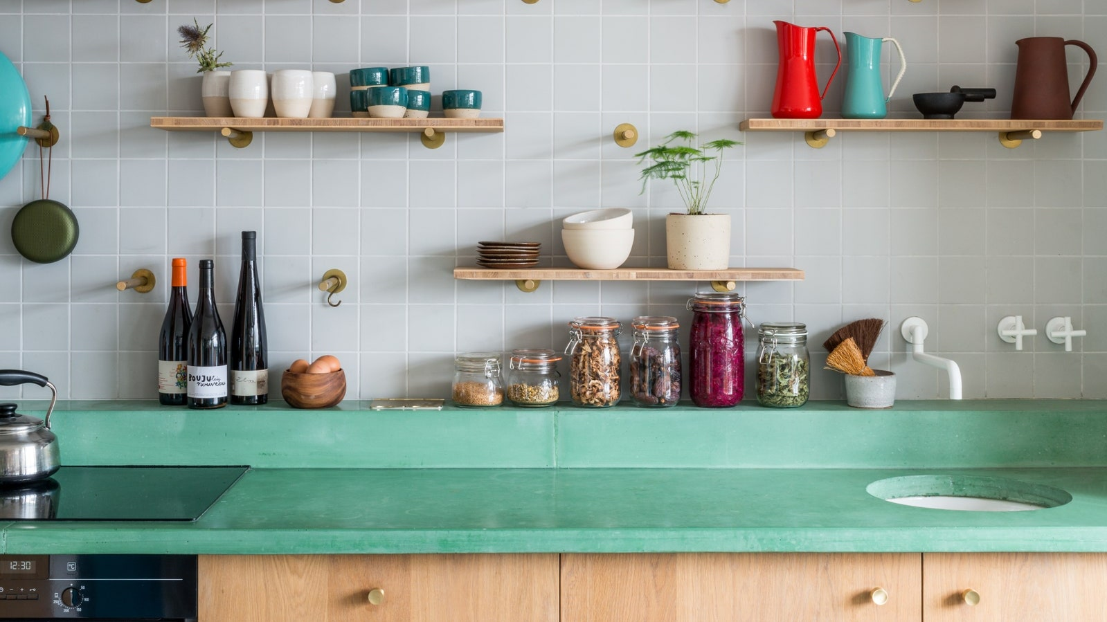 Design Your Own Kitchen To Create A More Elegant Look